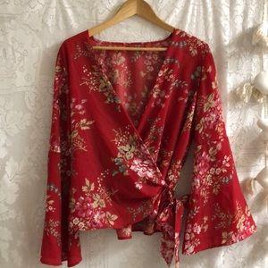 Boohoo red floral bell sleeve long sleev top sz 8